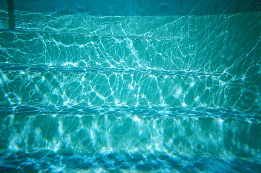 11 Gestures in Water