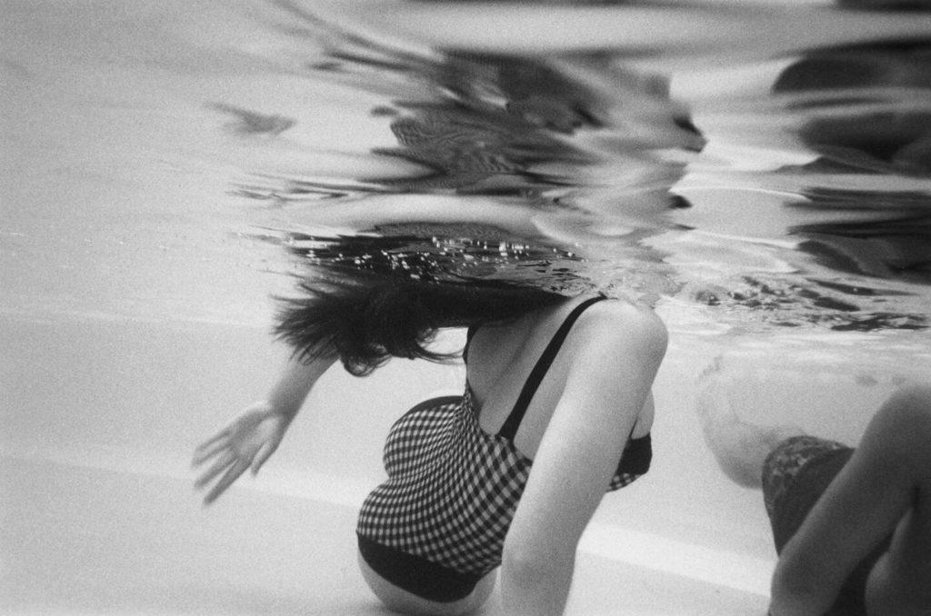 3 Gestures in Water