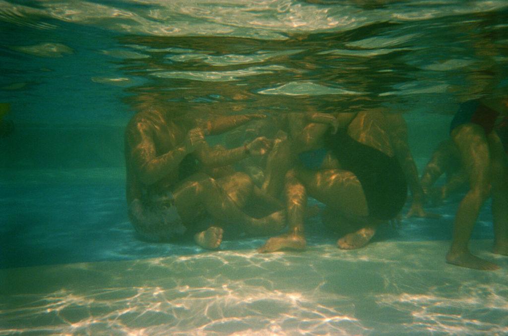 5 Gestures in Water